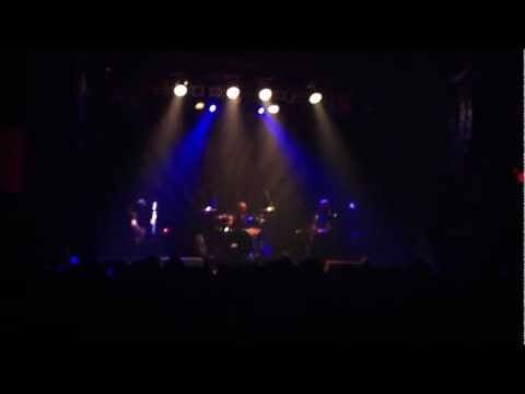 The Band Of Skulls - Lay My Head Down - Live