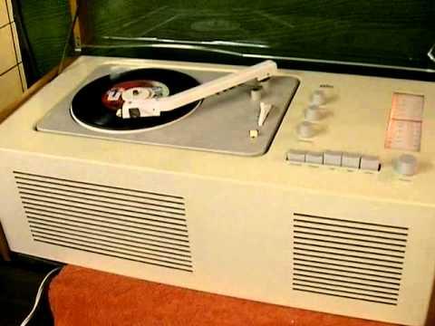 braun schnewittchensarg sk 61 vintage design radio mit plattenspieler youtube. Black Bedroom Furniture Sets. Home Design Ideas