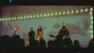 YouTube - PAOLA TURCI - Mani Giunte (2002).avi.flv