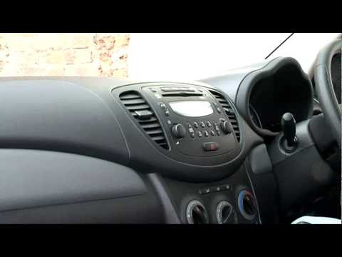 Fifth Gear Web TV -- Hyundai i10 Blue Review
