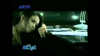 Jangan Ada Dusta Diantara Kita   Rossa feat  Broery Marantika Video Clip