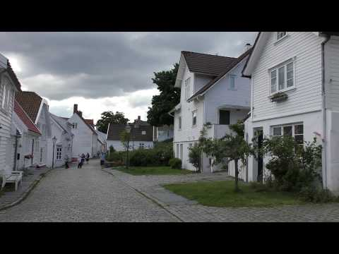 4K Norway – Stavanger – Old Stavanger – On Foot - Video in UHD