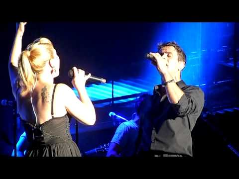 Kelly Clarkson ft Joey McIntyre  Don't You Wanna Stay  Mixtape Festival, Hershey, PA 81712