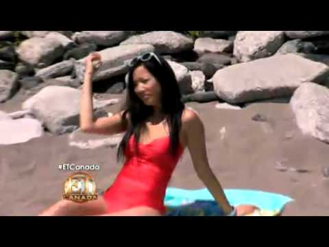 ET CANADA-Women Swimsuits For Every Body