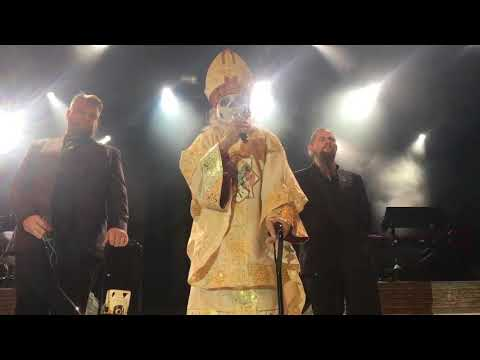 PAPA EMERITUS IV REVEALED?! LIVE AT A GHOST SHOW - PAPA EMERITUS ZERO