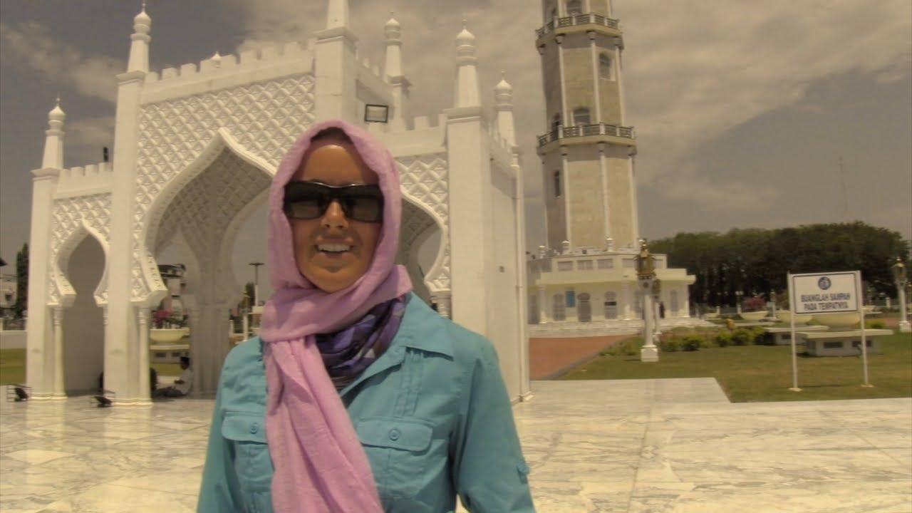 Model Hooker Banda Aceh