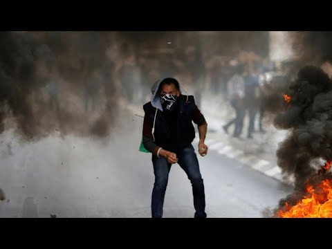 How are Palestinians reacting to the U.S. embassy in Jerusalem and violence in Gaza?