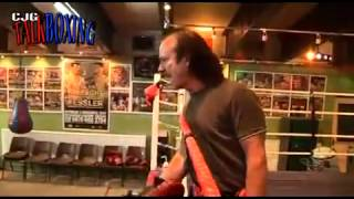 CALZAGHE BOXING GYM Fly on the wall look behind the scenes