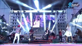 VENZY & MIHAELA FILEVA – A DANO, AMA NADALI – Live at Coca-Cola Happy Energy Tour 2014 Sofia