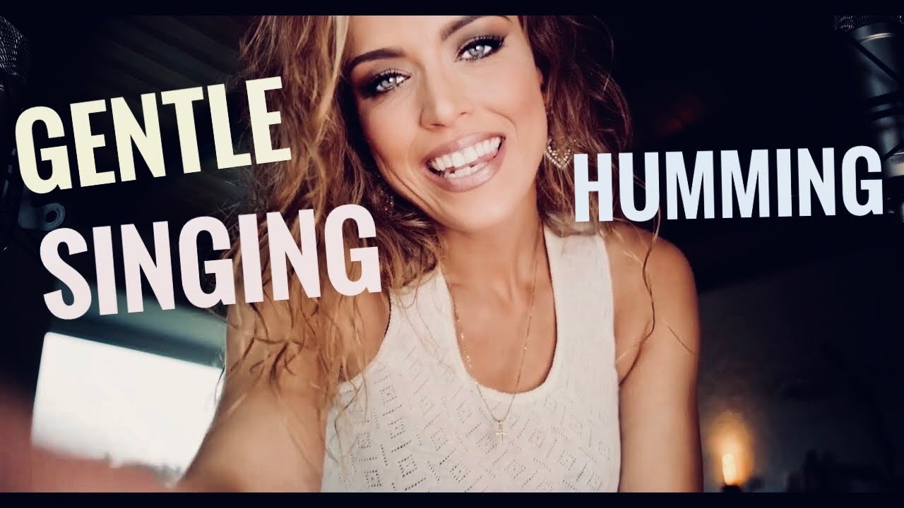 ASMR Singing Quietly! Humming To Your Ears! 👂