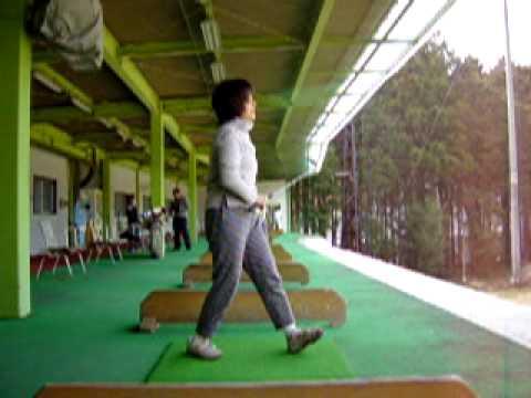 牧 れいの久々ゴルフ練習