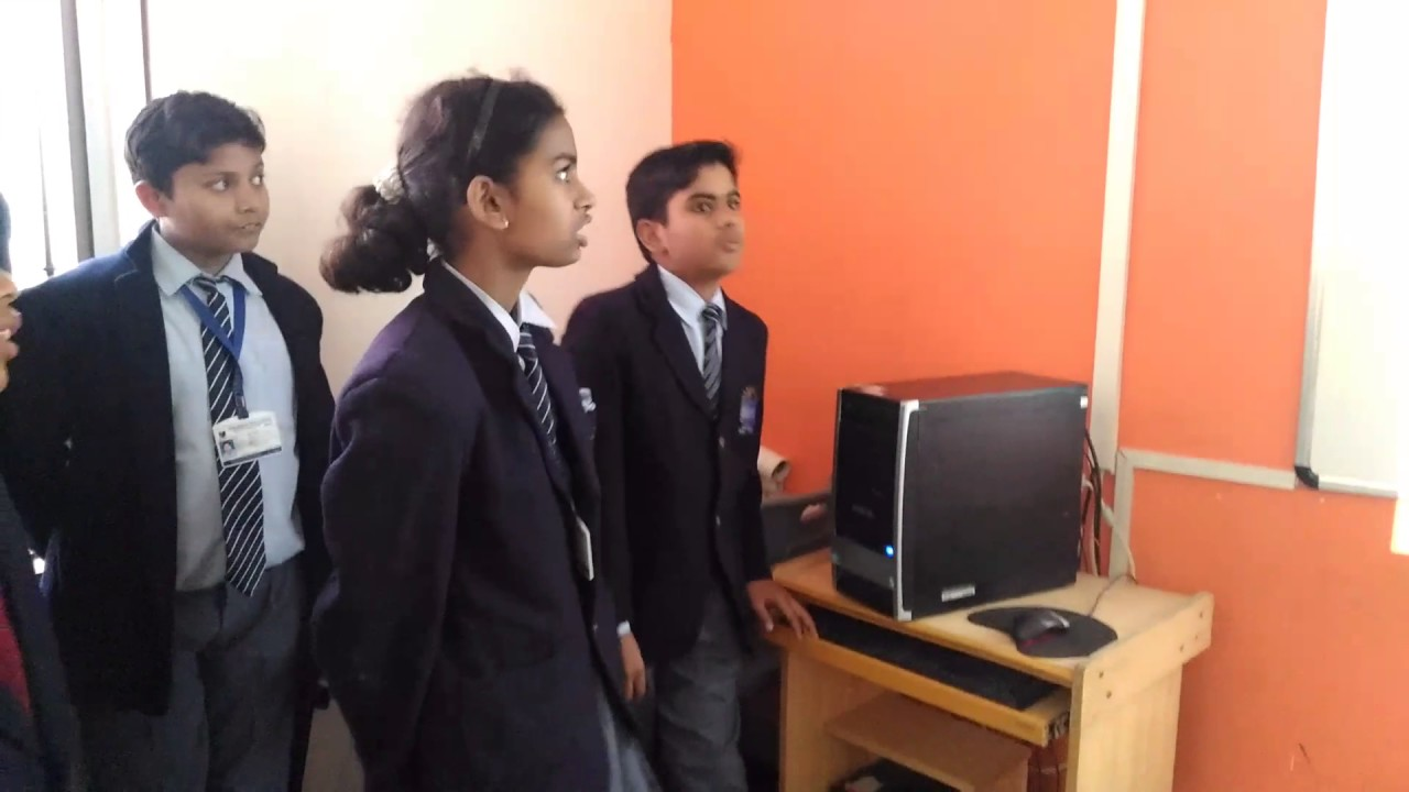 dussehra festival essay in hindi language
