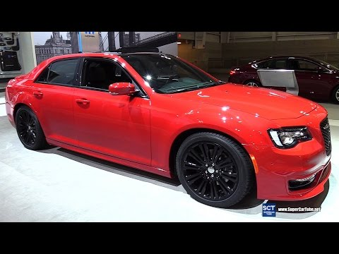 2017 Chrysler 300 Mopar - Exterior and Interior Walkaround - 2017 New York Auto Show