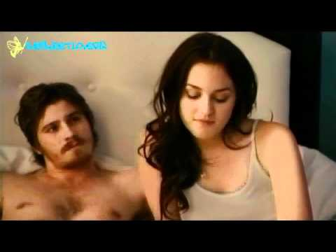 Chiles & Beau  Bed Country Strong Movie Leighton Meester & Garrett Hedlund