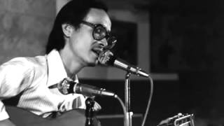 Trịnh Công Sơn ca bài NỐI VÒNG TAY LỚN trên Đài phát thanh Sài Gòn 30/4/1975