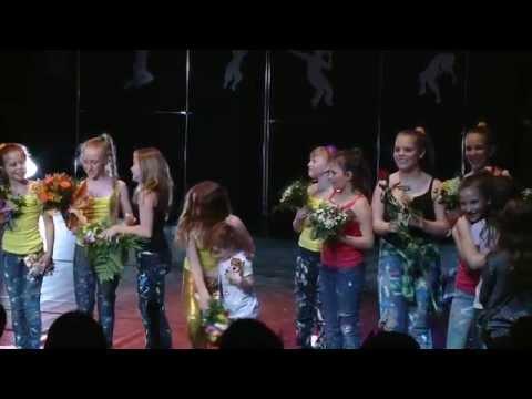 """Musical """"Dancing Queen""""- całość"""