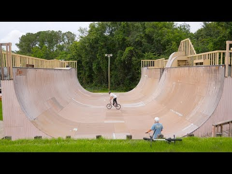 THE BEST SKATEPARK IN THE UNITED STATES