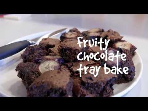 Fruity chocolate tray bake | #EnjoyFood | Diabetes UK