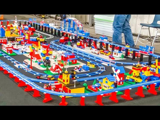 Wonderful LEGO train setup! Old school vintage classic trains!