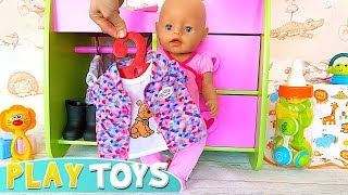 Play Baby Born Dress up Toys! Baby Born Learn Animals with Trip to Africa !