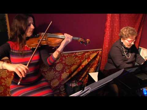 Maria Angela Weir  &  Anna Kostyuchek - Gounod's Ave Maria