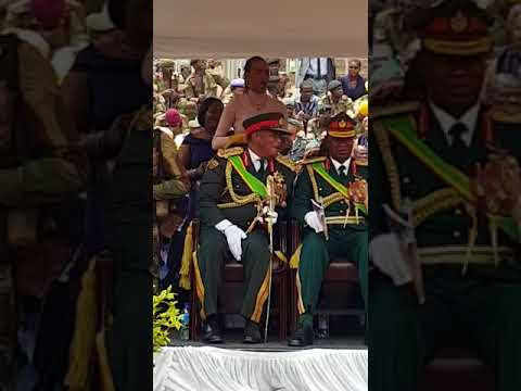 General Chiwenga's wife Mary dance to Jah Prayzah's Kutonga kwaro