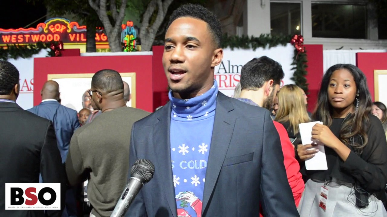 Almost Christmas Jessie Usher.Jessie Usher Giving Up The Shirt Off His Back At Almost Christmas Premier