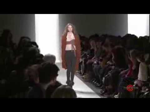 Vanessa Bruno FW 2010 - Paris Fashion Week - Runway Show