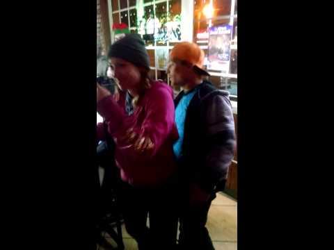 Spooks sings karaoke!! :)