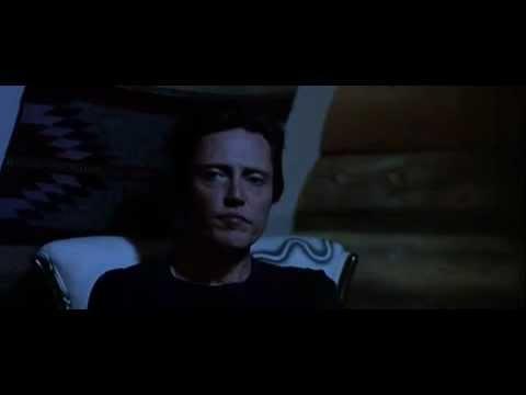 Christopher Walken sees an Alien.