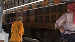24 HOUR TRAIN JOURNEY - Kuala Lumpur to Bangkok