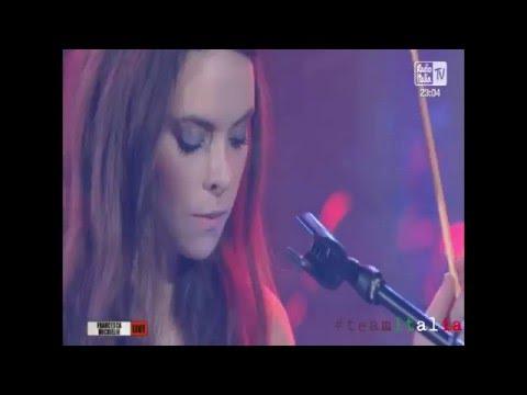 Francesca Michielin - Magnifico (Radio Italia Live 15.04.2016)