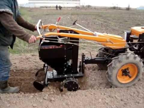Транспортерная копалка для мотоблока МТЗ-06 Беларус !!! Harvesting .