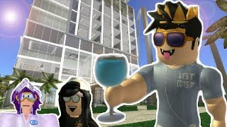 GOING TO A SPECIAL RESORT AWAY FROM BLOXBURG! Roblox Roleplay