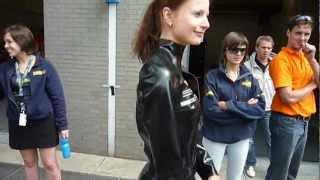 Latex Gridgirls: Wieteke - Oliepeil.nl
