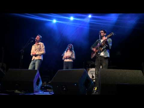 Hudson Taylor and Gabrielle Aplin cover Helplessly Hoping