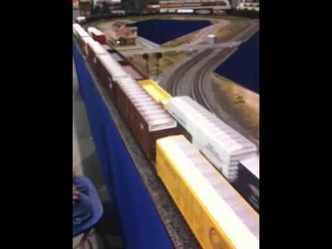O scale railroads at York 2010
