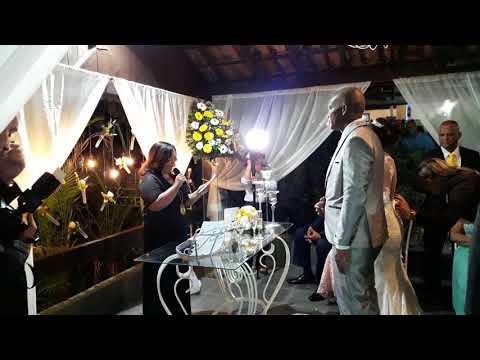 Cerimônia de casamento personalizada Bárbara e Adriano