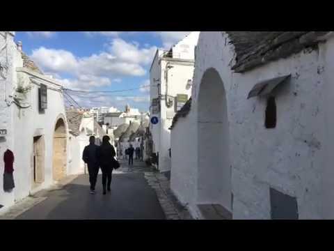 Làng cổ tích Alberobello Puglia, Italia - 1 trong những thành phố đẹp nhất thế giới