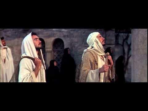 Jesus (Max Von Sydow) raises Lazarus from the dead
