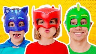 Max y Katy no compartieron juguetes en Masks and Thomas
