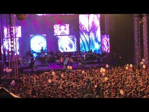 Smiley feat Damian & Brothers - In statie la Lizeau Live ( Arenele Romane 2017 )