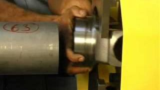 Сварка трением карданного вала(Установка сварки трением 40 тонн для сварки карданного вала. Клиент American Axle Manufacturing. (www.сварка-трением.рф..., 2011-11-16T20:44:39.000Z)
