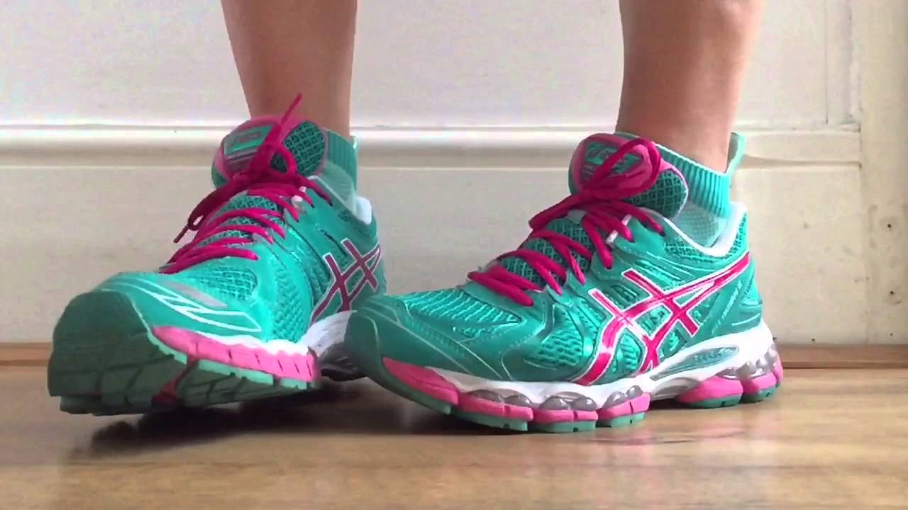 Women s ASICS Gel Nimbus 15 (Emerald Green Pink White) Slo-Mo - YouTube 9470601cd5