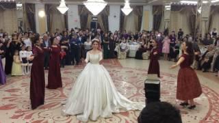 Танец Невесты с Подружками