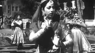 Mirza Ghalib - Aah Ko Chahiye Ek Umar Asar Hone Tak