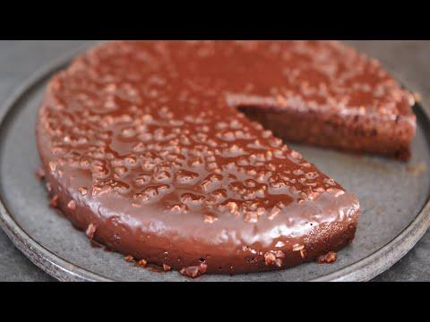 recette-gateau-chocolat-potimarron-glacage-rocher-amande