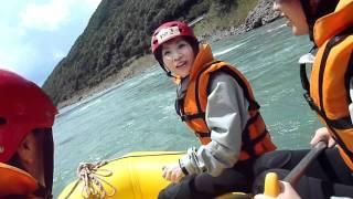熊本県 球磨川ラフティング サントラストできまり2011070912.MTS 投稿者...