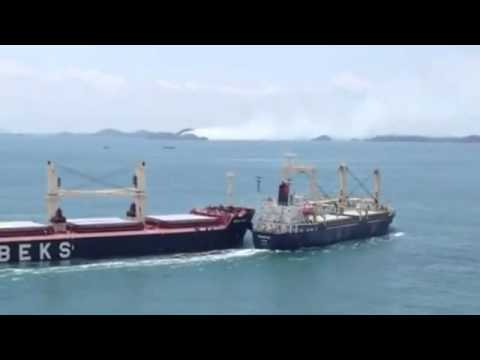Bulk Carrier and Cargo Ship Collide in the Straits of Singap