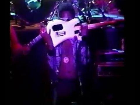 """DeWayne """"Blackbyrd"""" McKnight - Insane Guitar Solo (Very Rare)"""